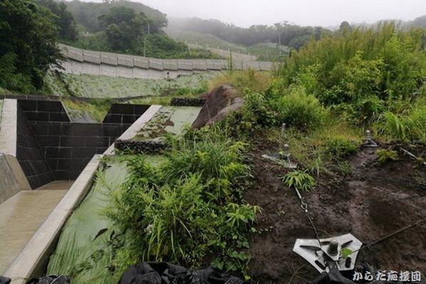 伊豆大島台風の爪痕
