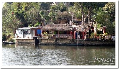 ベグナス湖畔のレストラン